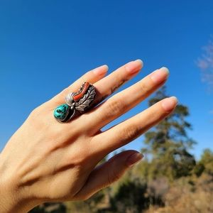 Vintage 1960s turquoise and coral ring